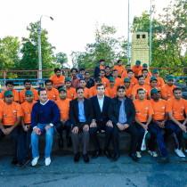 Участники и гости матча по крикету